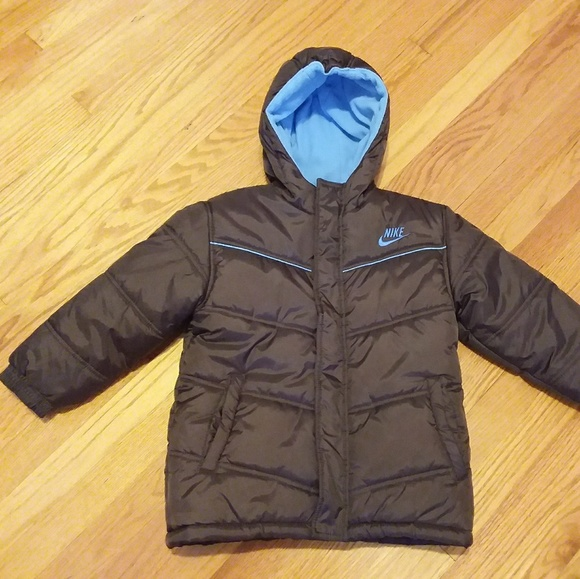 fbf494046301 Nike Boy s Winter Coat Size 7. M 5b956b336a0bb7851cdb86fc